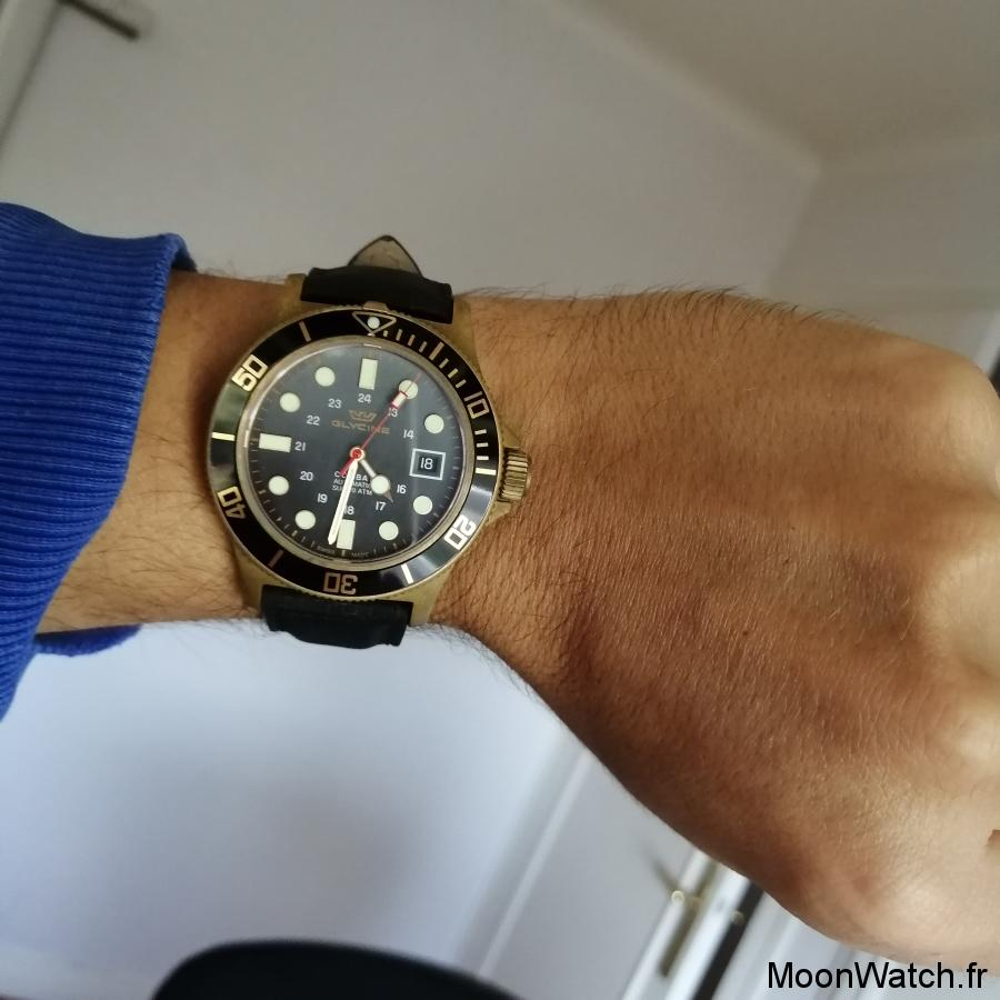 wristshot glycine combat sub