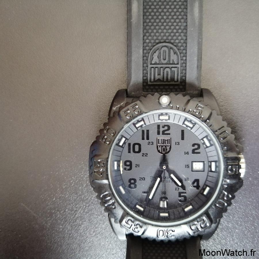 dial luminox blackout 3051