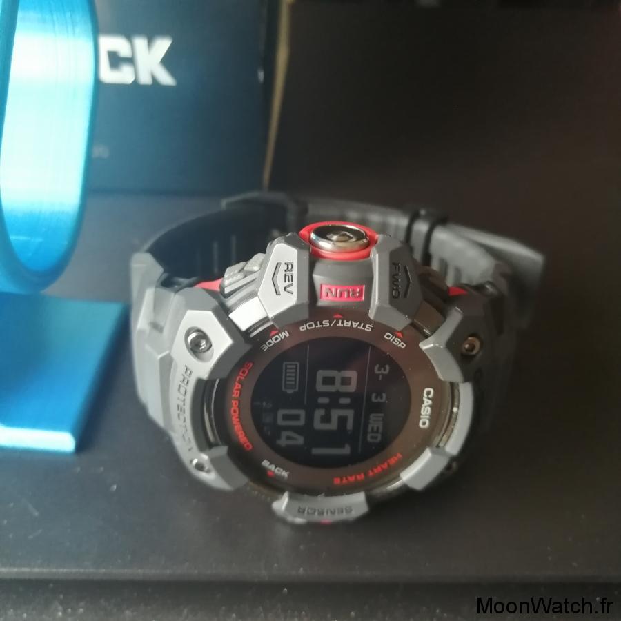 casio g-shock g-squad solar gps