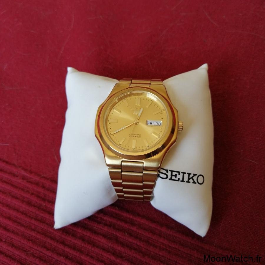Seiko 5 SNKK
