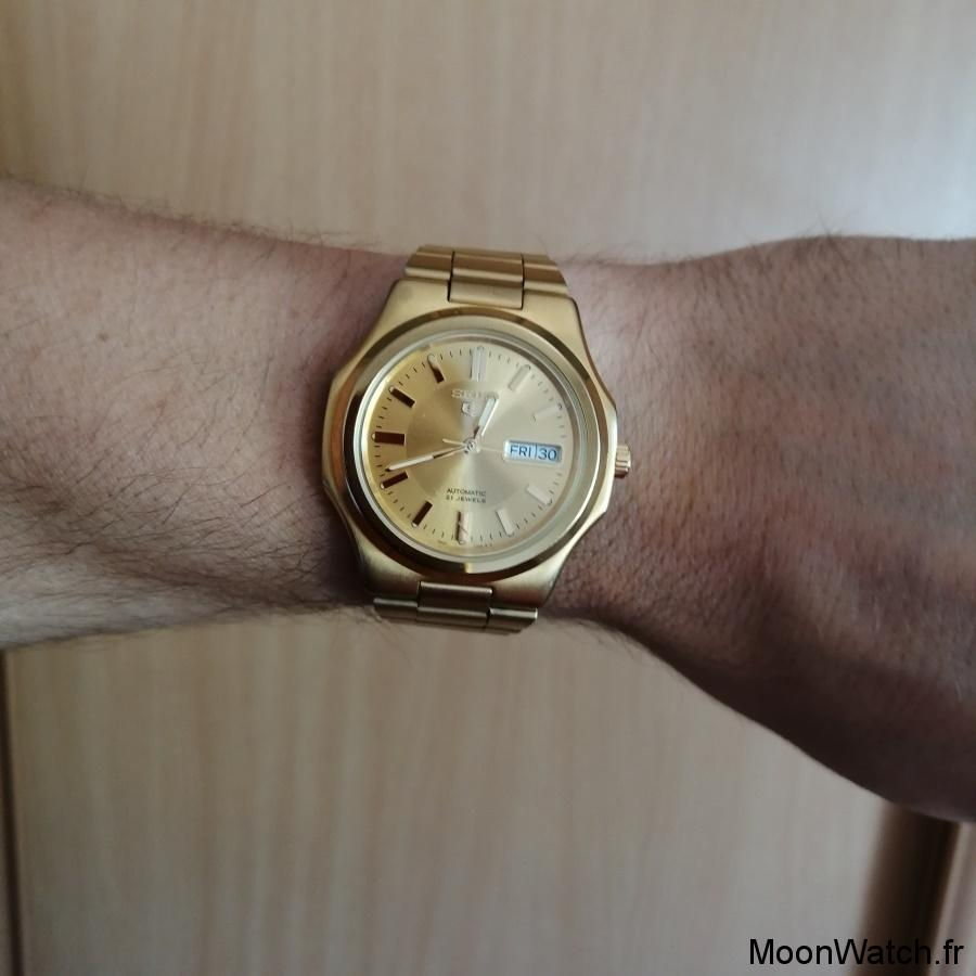 wristshot seiko 5 snkk52